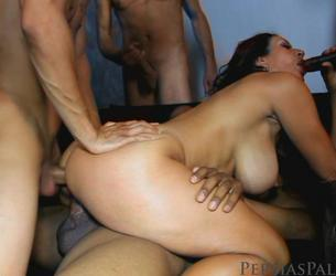 [persiaspalace.com] Persia Monir (HD-528 / 08-15-2011) Gang Bang In Paradise [2011 g., Anal, Gangbang, 720p]