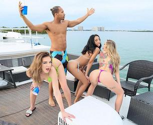 [CaptainStabbin.com / RealityKings.com] 2020-06-29 Tiffany Watson - Episode 3: The Boat [Straight, Oral, Anal, Natural Tits, Blonde, USA] [3000x2000, 80 foto]