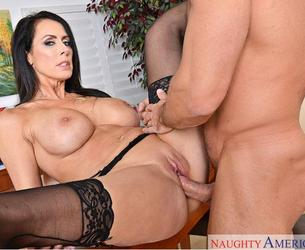 [IHaveaWife.com / NaughtyAmerica4k.com / NaughtyAmerica.com] Reagan Foxx (22609 / 18.04.2017) [2017 g., Big Ass,Big Tits,Blow Job,Blue Eyes,Caucasian,Cum in Mouth,Innie Pussy,Shaved,Stockings,Tattoos,Titty Fucking, 2160p]